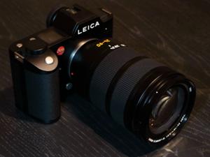 前から欲しかったライカカメラを購入する